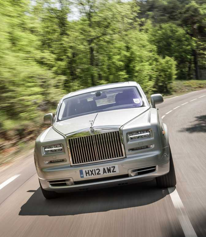 Rolls-Royce Phantom (2014)