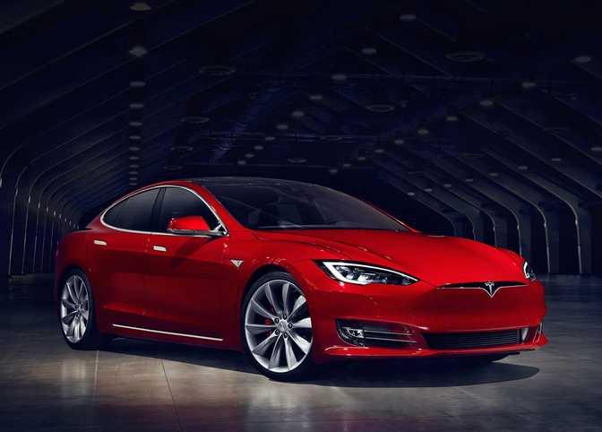 Tesla Model S P90D (2016)