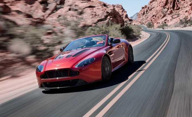 Aston Martin V12 Vantage Roadster (2015)