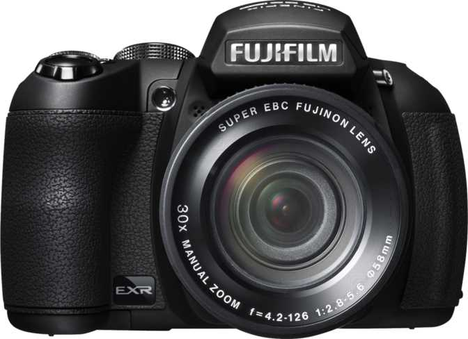 Canon EOS 77D + Canon EF-S 18-55mm f/4-5.6 IS STM vs Fujifilm FinePix HS25EXR