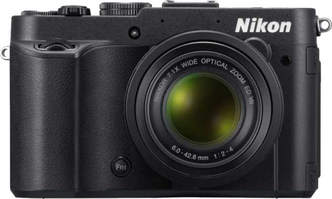 Nikon D7100 + 18-105mm f/3.5-5.6G ED VR DX vs Nikon Coolpix P7700
