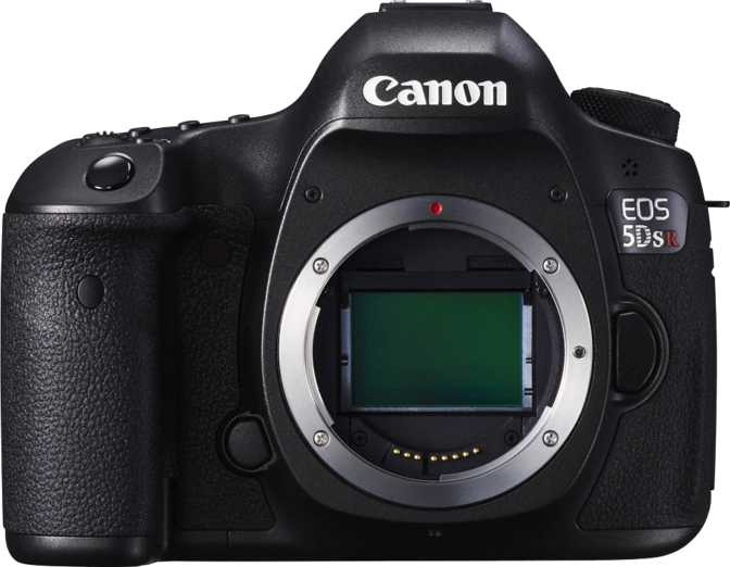 Nikon D610 vs Canon EOS 5DS R