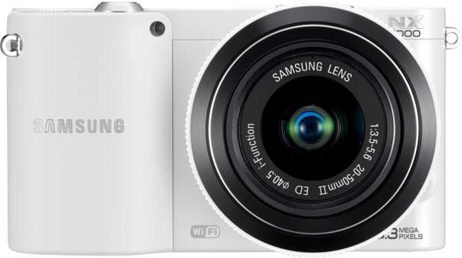 Samsung NX1000 + Samsung I-function 20-50mm vs Nikon D3100 + Nikkor AF-S DX 18-55mm f/3.5-5.6G VR