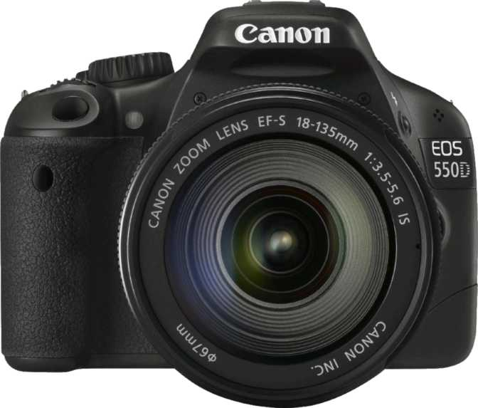 Nikon D5100 vs Canon EOS 550D + Canon EF-S 18-135mm IS