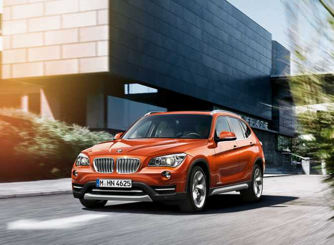 BMW X3 xDrive28i (2014) vs BMW X1 xDrive28i (2014)
