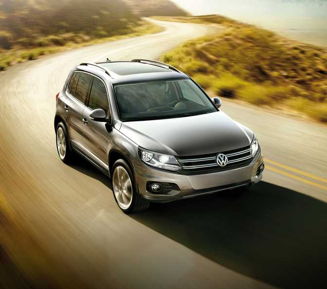 Ford Edge (2017) vs Volkswagen Tiguan 2.0T (2014)