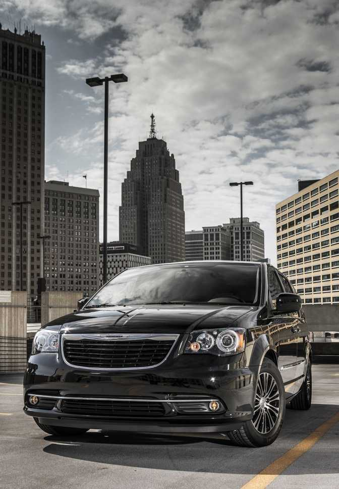 Chrysler Town & Country Touring (2014)