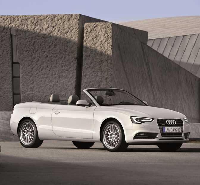 BMW 4 Series Coupe 428i (2014) vs Audi A5 Cabriolet 2.0 TFSI (2015)