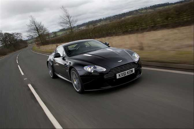 Aston Martin V8 Vantage (2008) vs Aston Martin V12 Vantage Roadster (2015)
