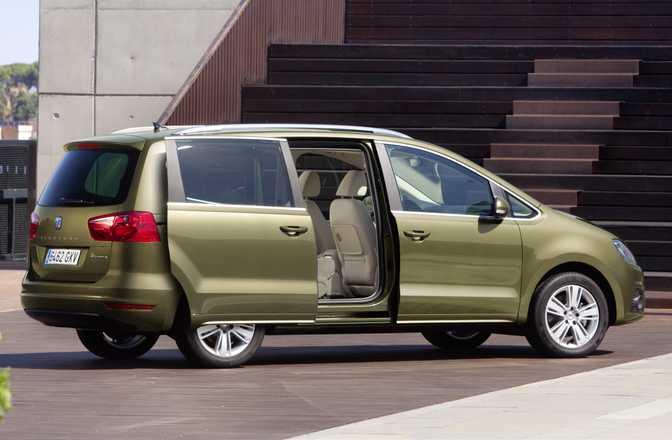 Ford Galaxy 1.6 160 Ecoboost (2014) vs Seat Alhambra SE (2014)