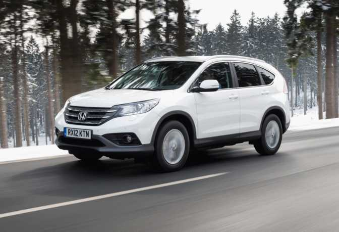 Subaru Forester 2.5i (2015) vs Honda CR-V LX (2014)