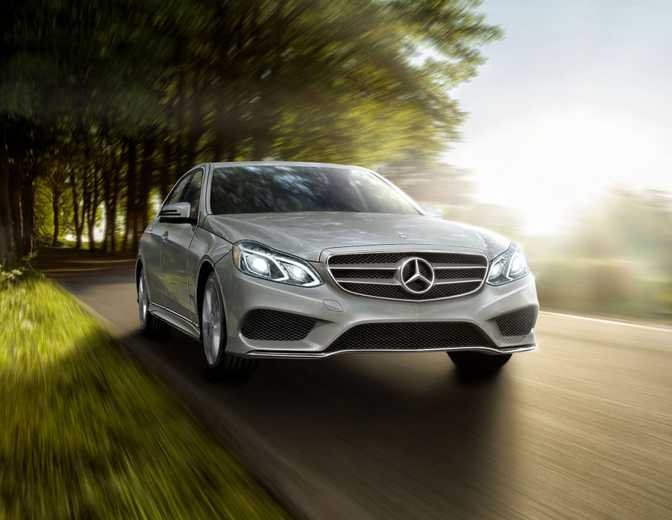 Mercedes-Benz CLS550 Coupe (2014) vs Mercedes-Benz E250 BlueTEC Sedan (2014)