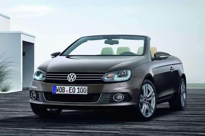 SEAT Ibiza 1.4 TSI (2014) vs Volkswagen Eos CC 1.4 TSI 160 Sport 2dr (2014)