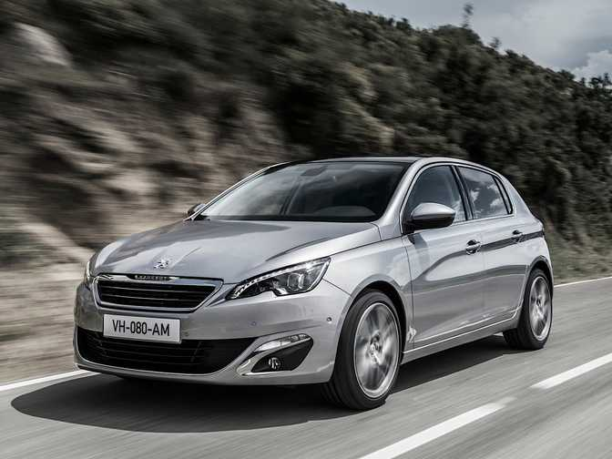 Citroen C5 HDi 115 (2014) vs Peugeot 308 Active (2014)