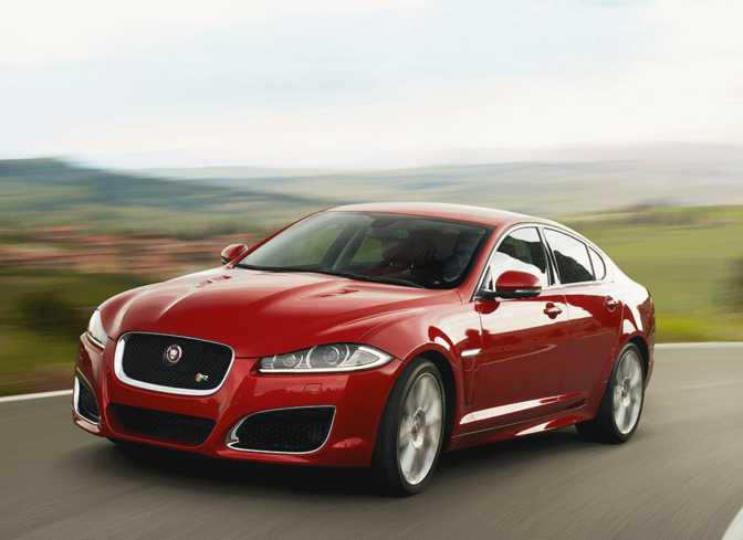 Jaguar XF (2014) vs Volvo S60 (2014)