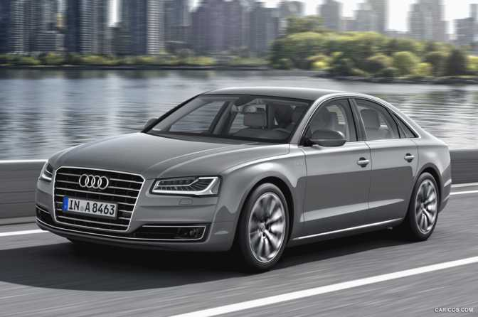 Audi A8 (2014) vs Volkswagen Golf GTI (2015)