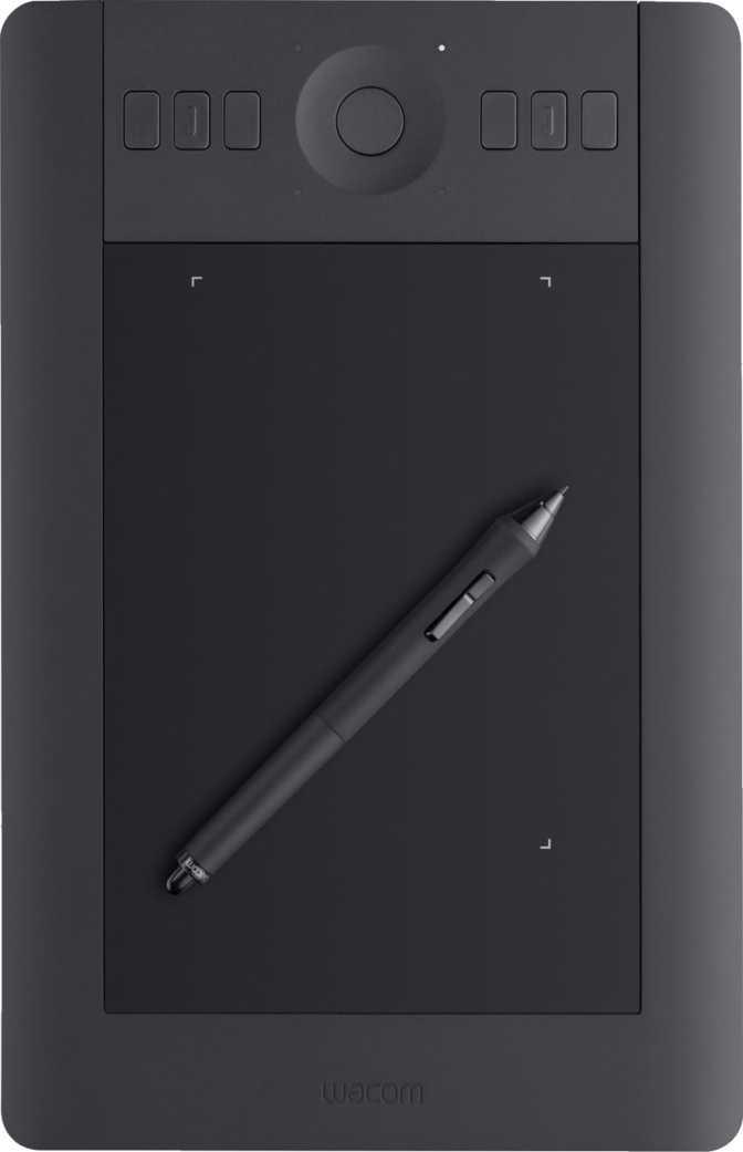 """Apple iPad Pro 11"""" (2018) vs Wacom Intuos Pro Small"""