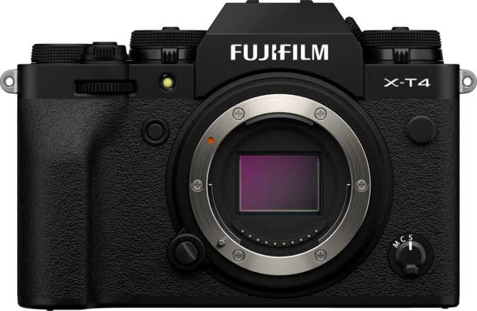 Blackmagic Pocket Cinema Camera 6K vs Fujifilm X-T4