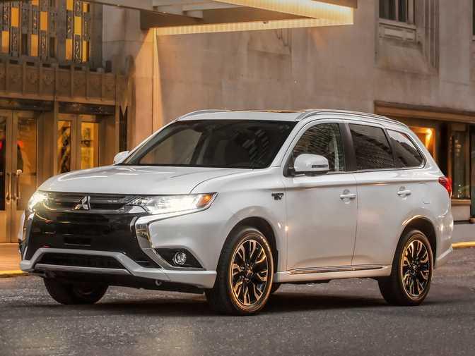 Mitsubishi Outlander PHEV (2017)