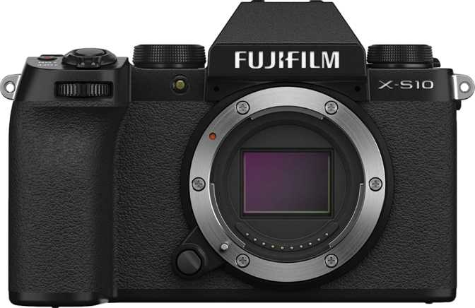 Fujifilm X-S10 vs Panasonic Lumix DMC-G85